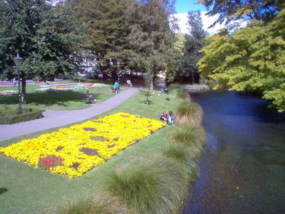 avon_river_christchurch_400