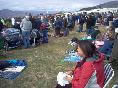 families_at_warbirds_over_wanaka_2008_400