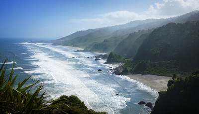 New Zealand Coast line by Connie Chan www.clickthisphoto.com